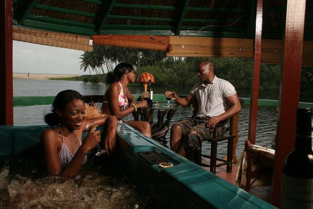ROMANTIC HOT-SPOT IN NIGERIA – La Campagne Tropicana Beach Resort