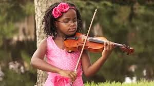 VIOLIN PLAYING KID